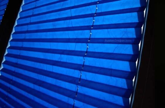 blinds-blue