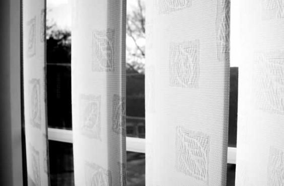 blinds-white